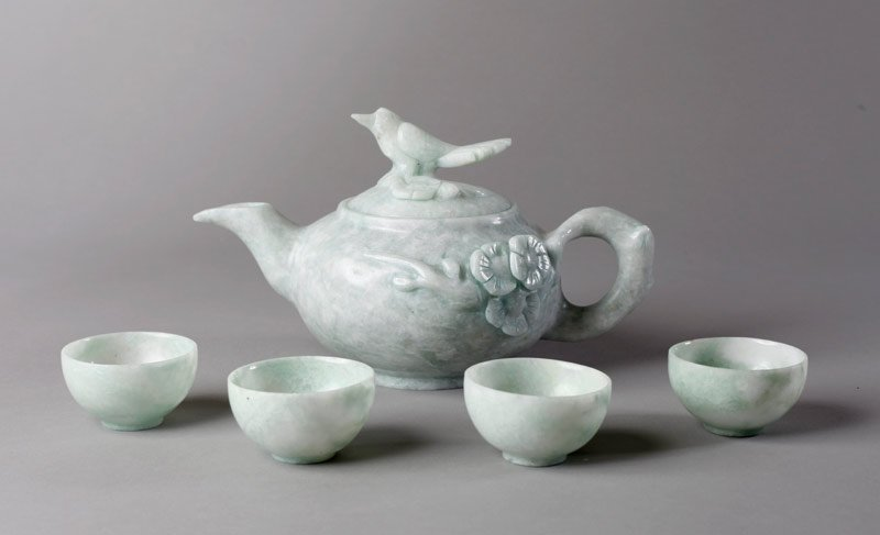 9: 5 PIECE CHINESE HARDSTONE TEA SET