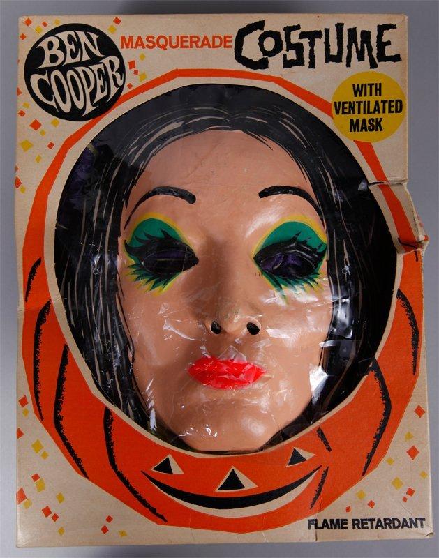 17: 1965 Ben Cooper Morticia Costume