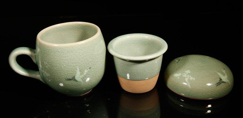 10: Korean Inlaid Celadon Tea Cup