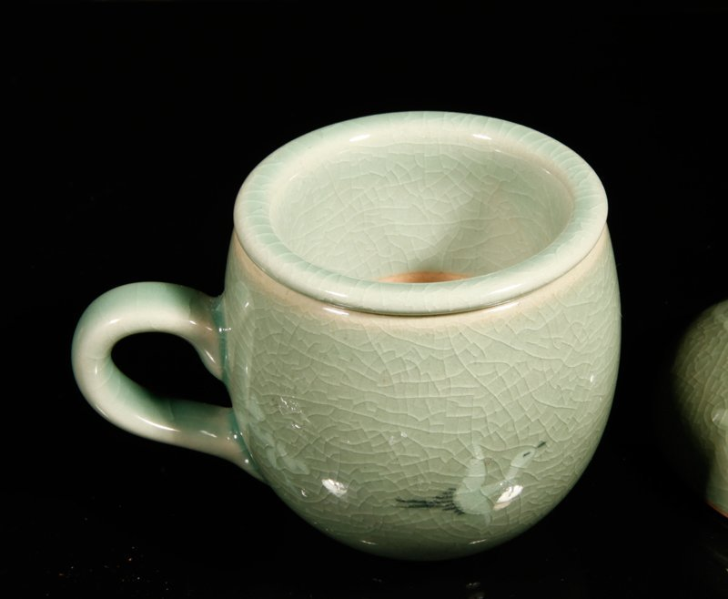 10: Korean Inlaid Celadon Tea Cup - 4