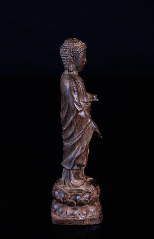 Chinese Carved Chenxiang Wood Statue - 2