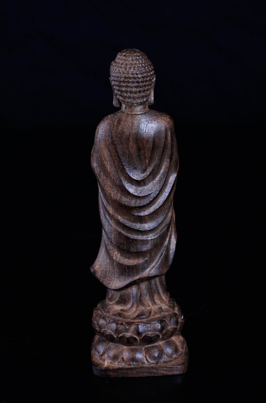 Chinese Carved Chenxiang Wood Statue - 3