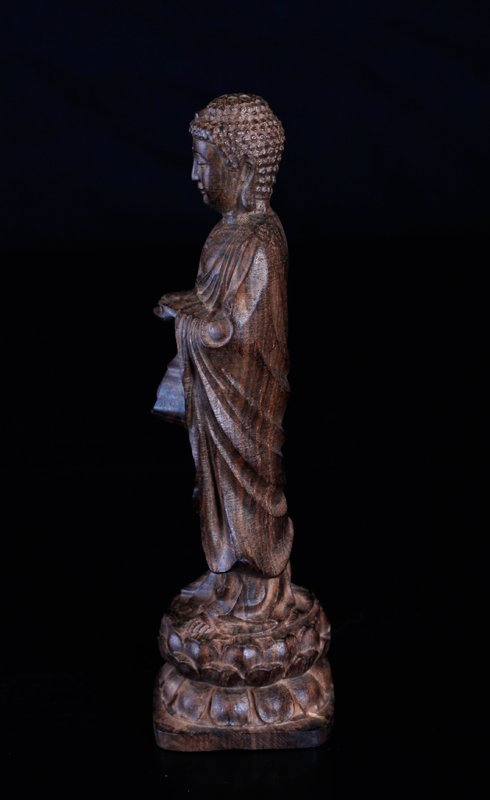 Chinese Carved Chenxiang Wood Statue - 4