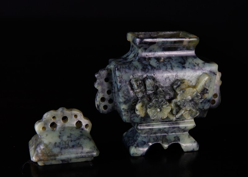Miniature Chinese Republic Soapstone Urn in Box - 7