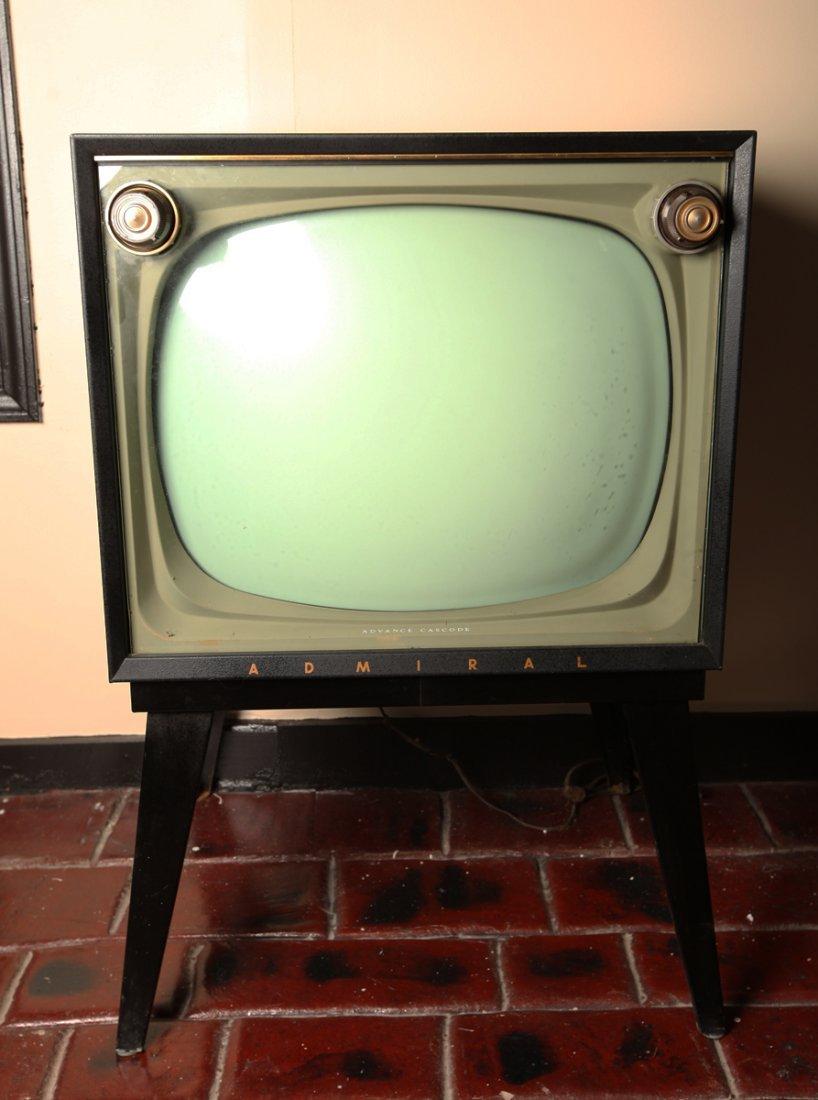 Vintage Admiral TV Advance Cascode Model #T2301DR
