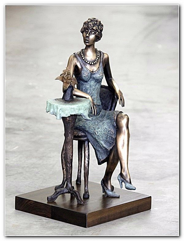 "46T: Tarkay ""Princess"" bronze sculpture hand signed"