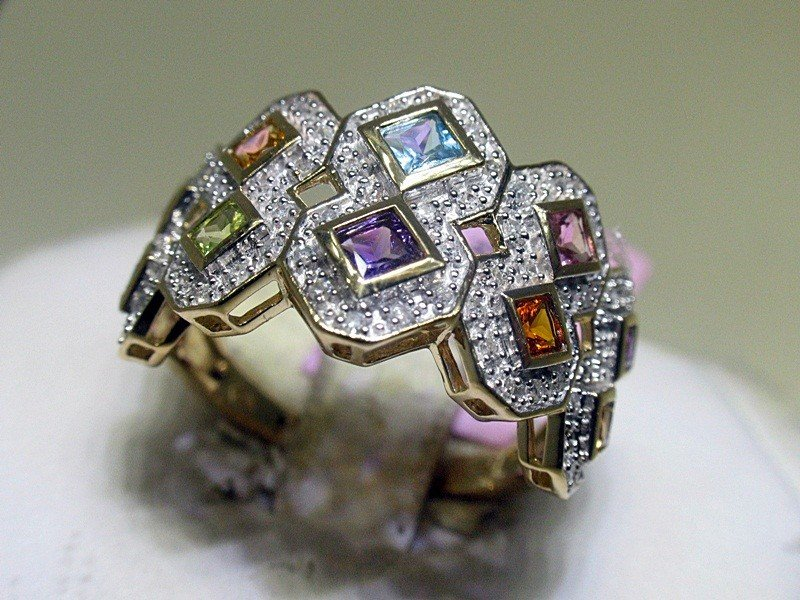 1E: Diamonds and Colored Stones 14K Yellow Gold Ring -