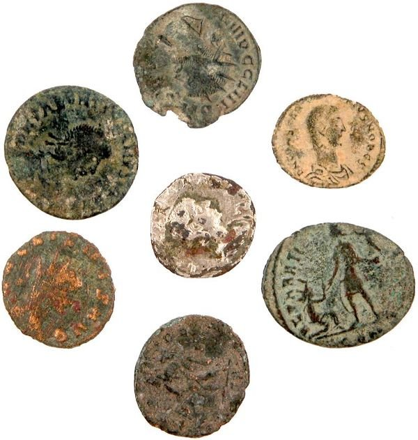 0003: ANCIENT ROMAN BRONZE COIN COLLECTION