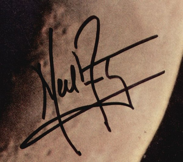 0438: NEIL ARMSTRONG SIGNED 1969 LIFE MAGAZINE COVER - 2