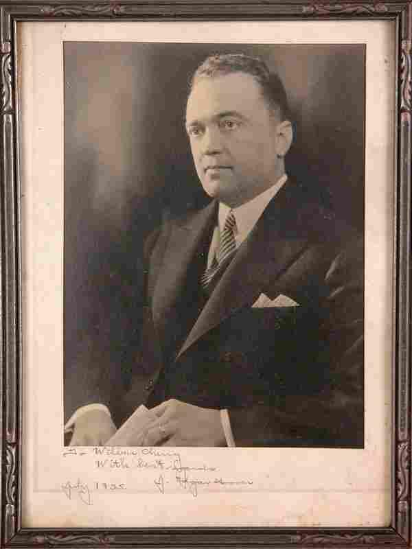 VINTAGE J. EDGAR HOOVER SIGNED PHOTOGRAPH