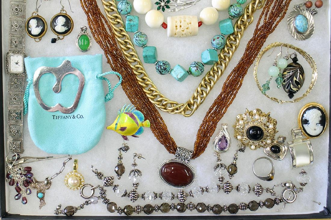 VINTAGE COSTUME, STERLING, & GOLD JEWELRY - 2