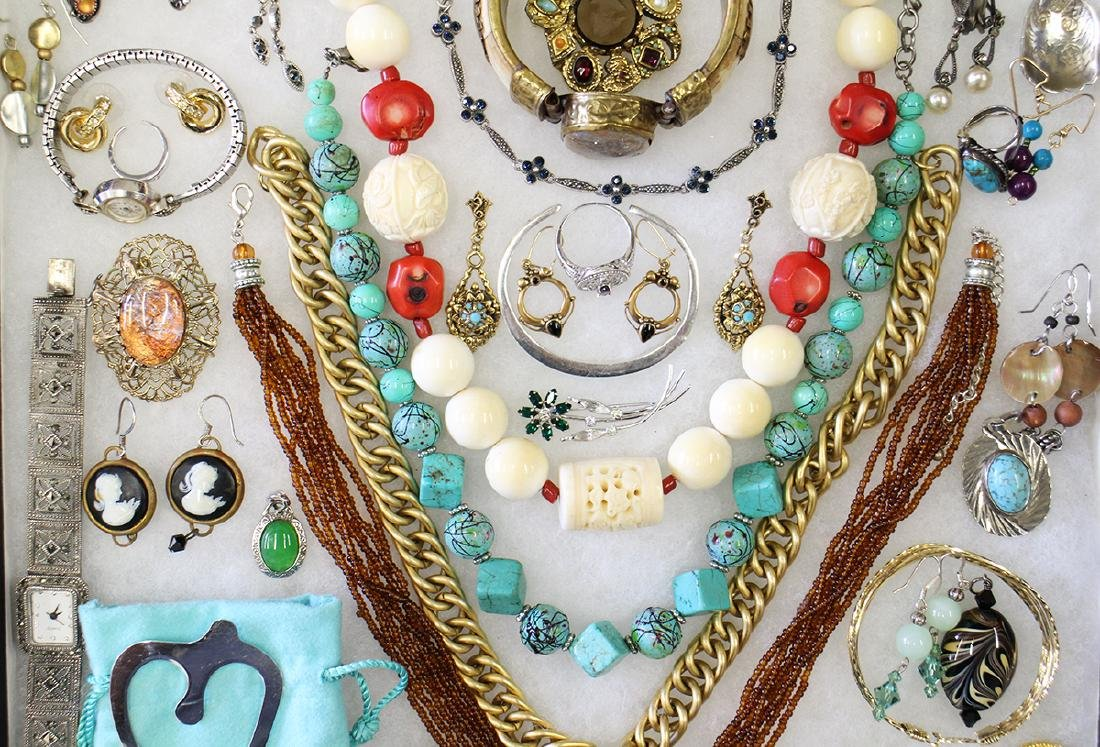 VINTAGE COSTUME, STERLING, & GOLD JEWELRY - 3