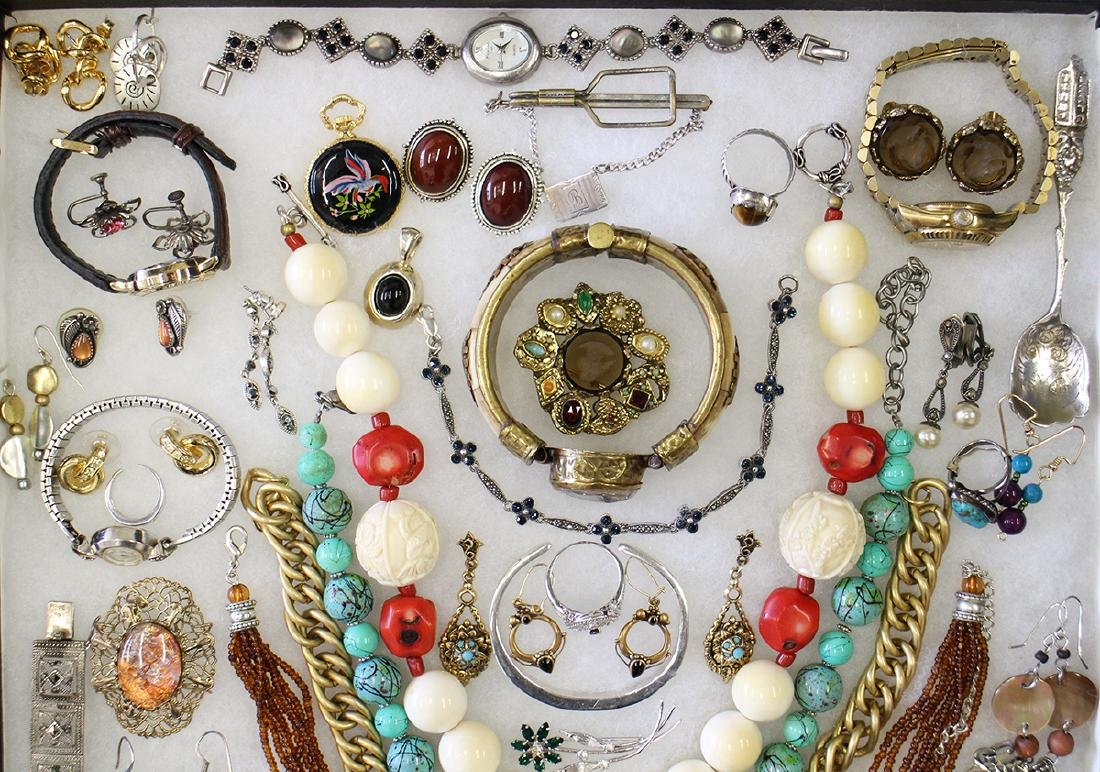 VINTAGE COSTUME, STERLING, & GOLD JEWELRY - 4