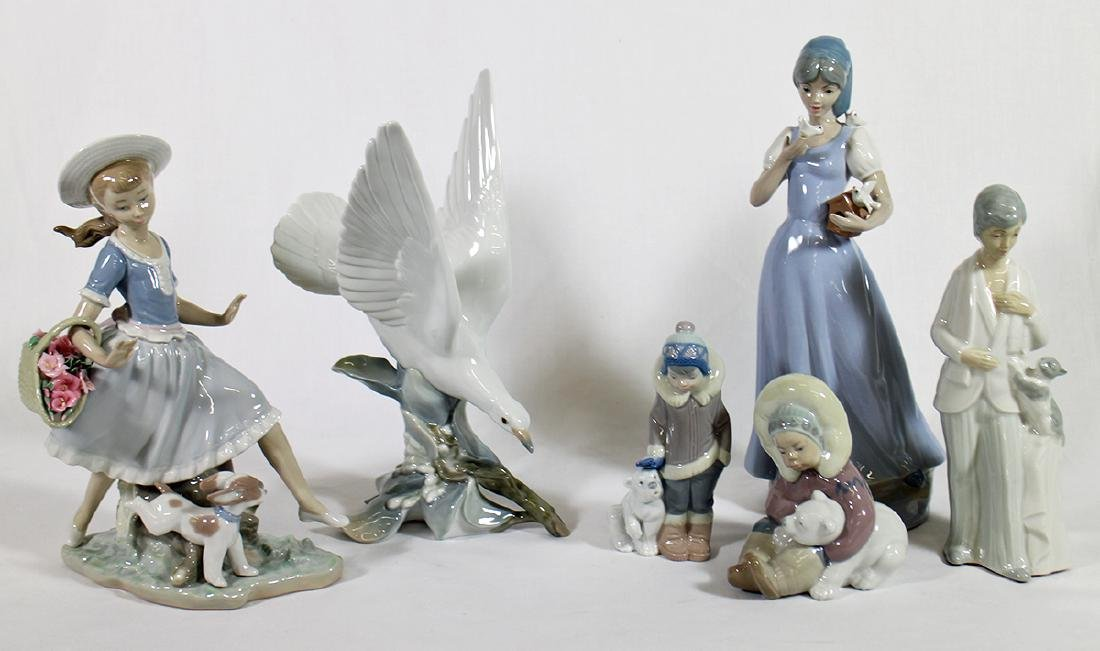 LLADRO & MORE FIGURINES