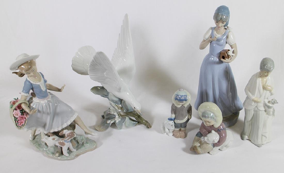 LLADRO & MORE FIGURINES - 2