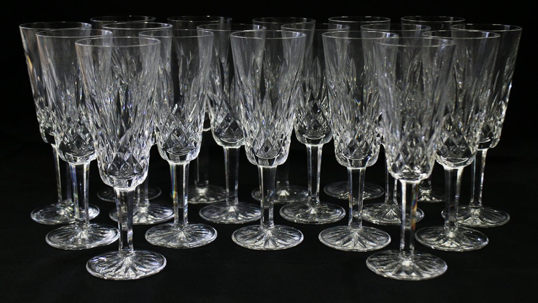 (18) WATERFORD LISMORE CHAMPAGNE FLUTES
