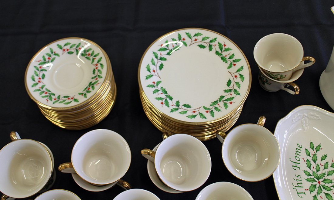 LENOX HOLIDAY CHINA - 46 PIECES - 2