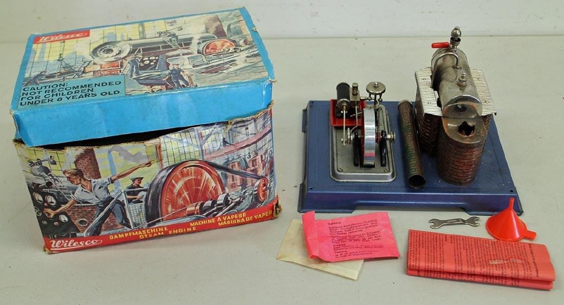 VINTAGE WILESCO STEAM ENGINE WITH ORIGINAL BOX