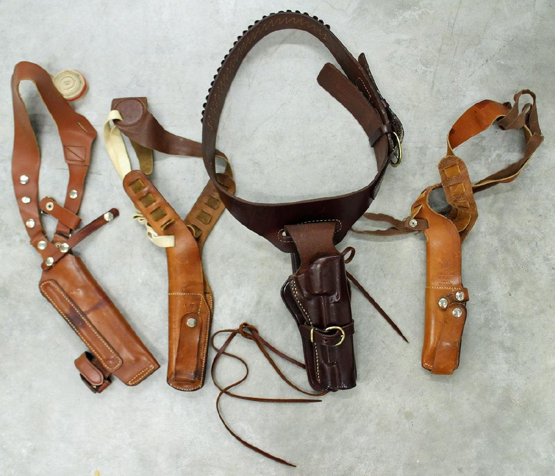 TRIPLE K, BIANCHI AND SMITH & WESSON HOLSTERS