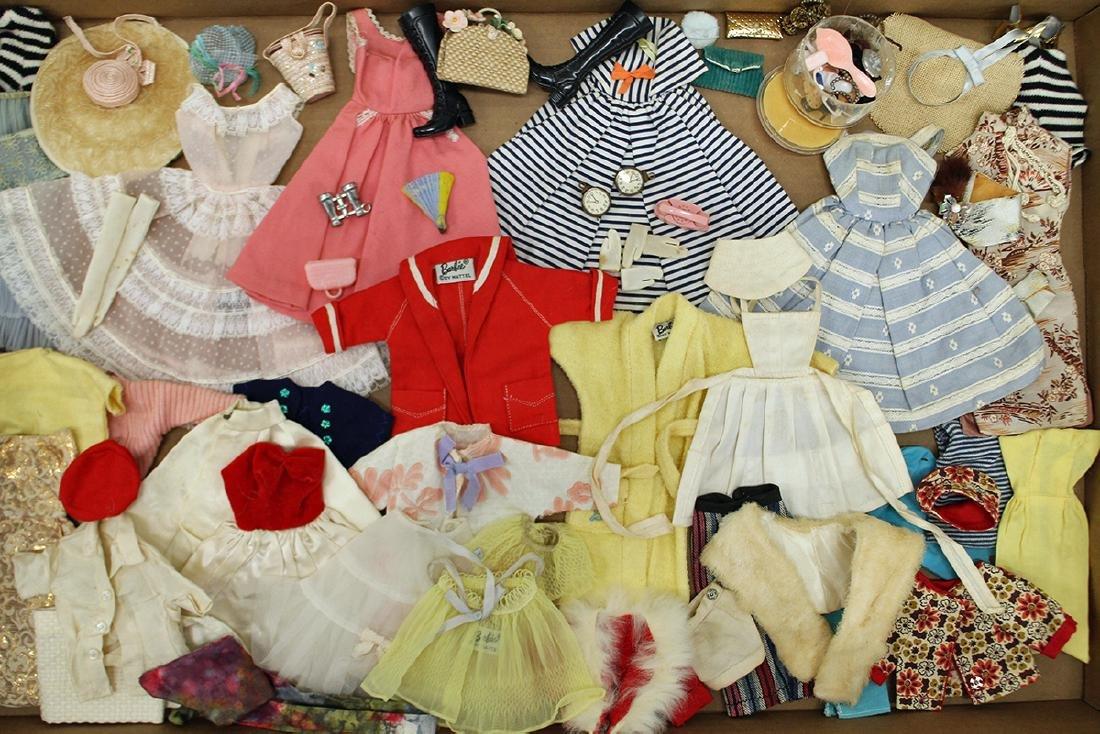 VINTAGE 1960's BARBIE CLOTHES, ACCESSORIES & CASE - 2