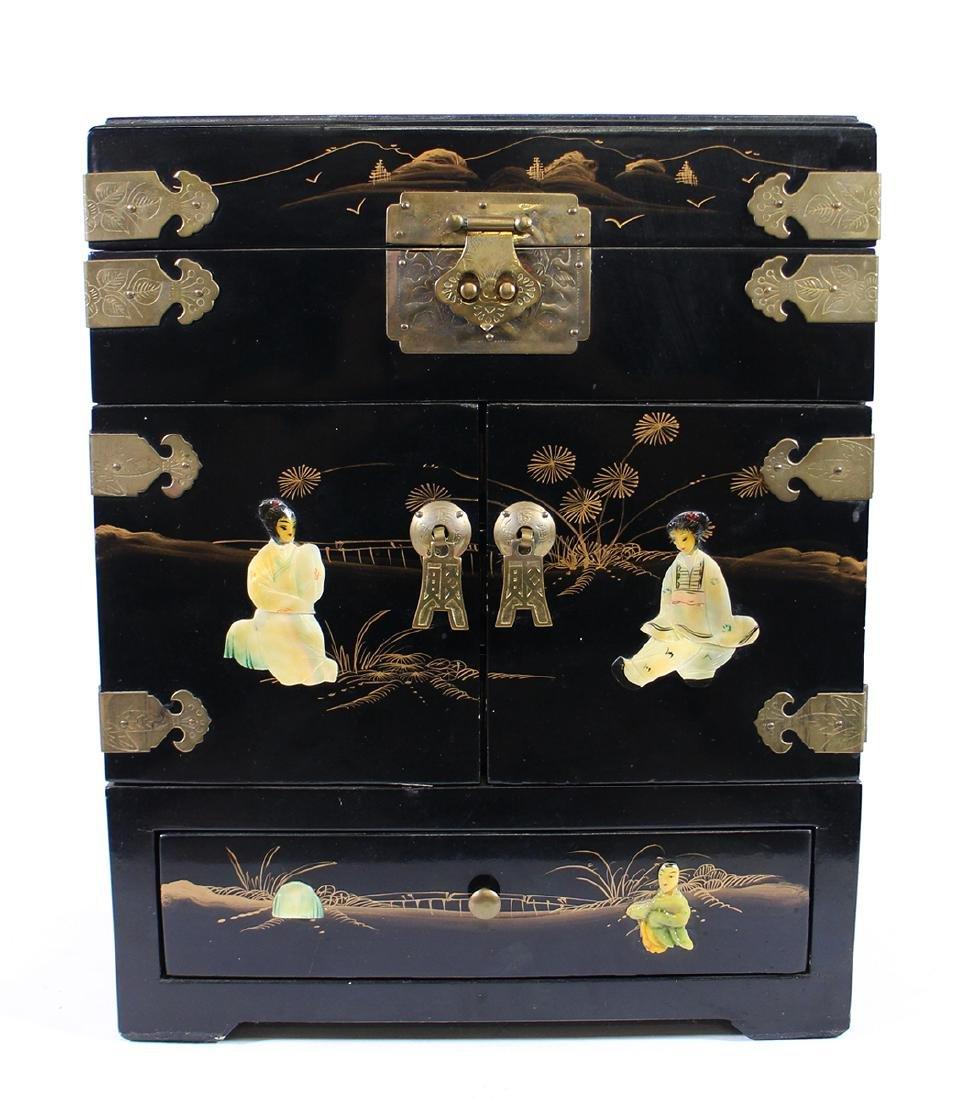 JAPANSE BLACK LACQUER ABALONE JEWELRY BOX
