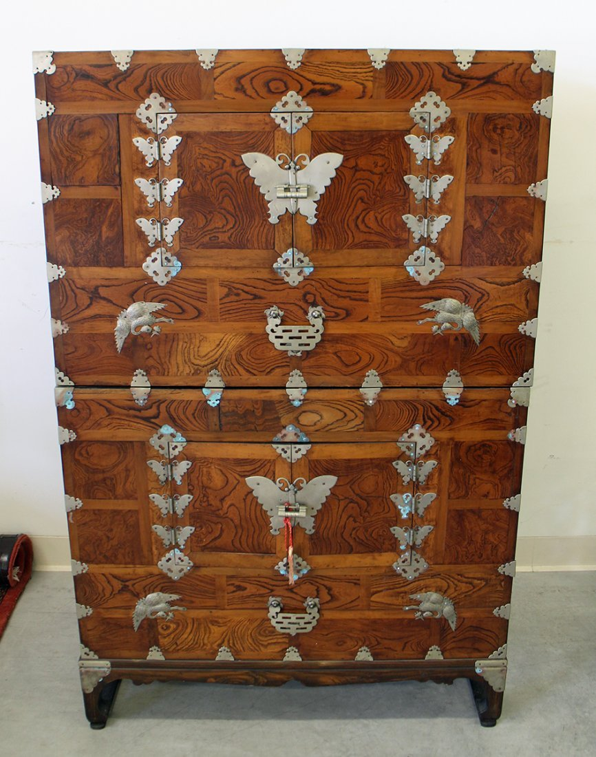 19TH CENTURY KOREAN KANSU CHEST