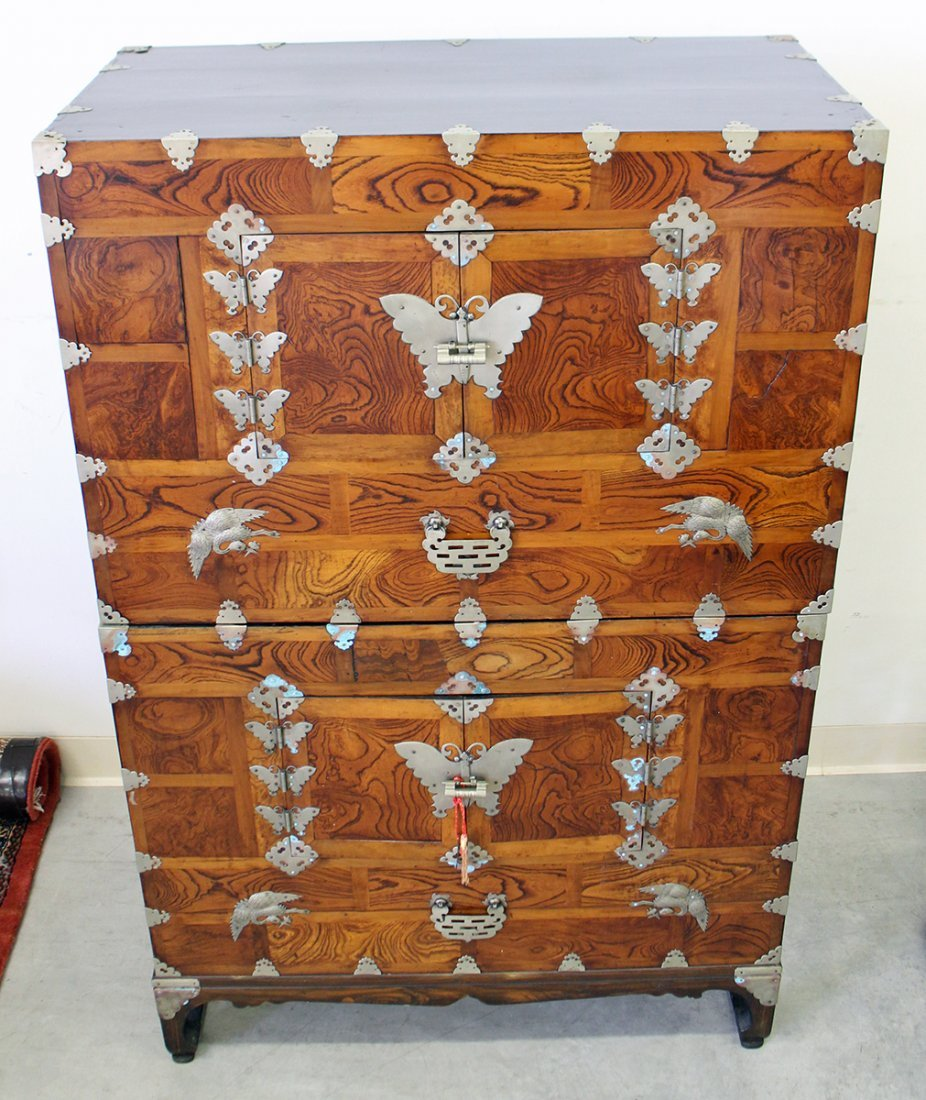 19TH CENTURY KOREAN KANSU CHEST - 2