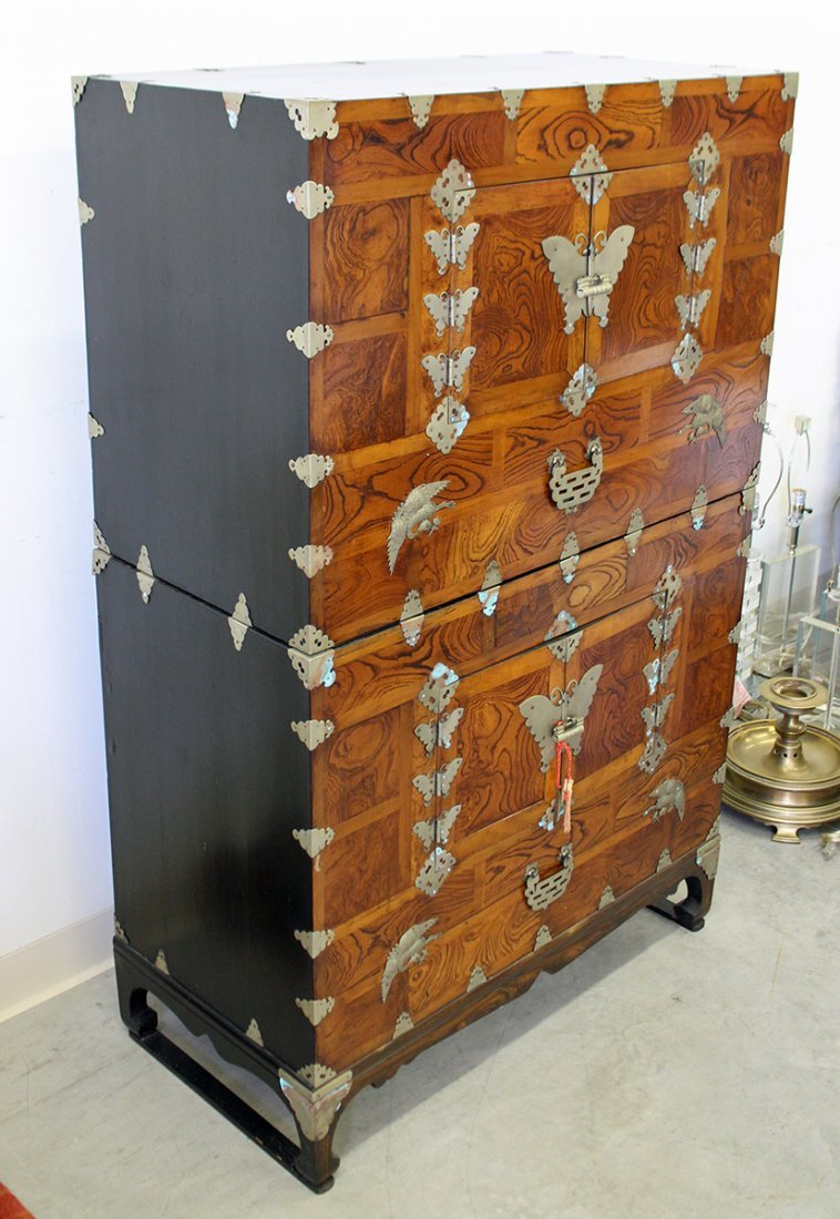 19TH CENTURY KOREAN KANSU CHEST - 3