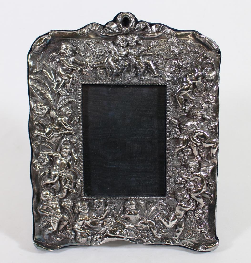 ENGLISH STERLING CHERUB PICTURE FRAME