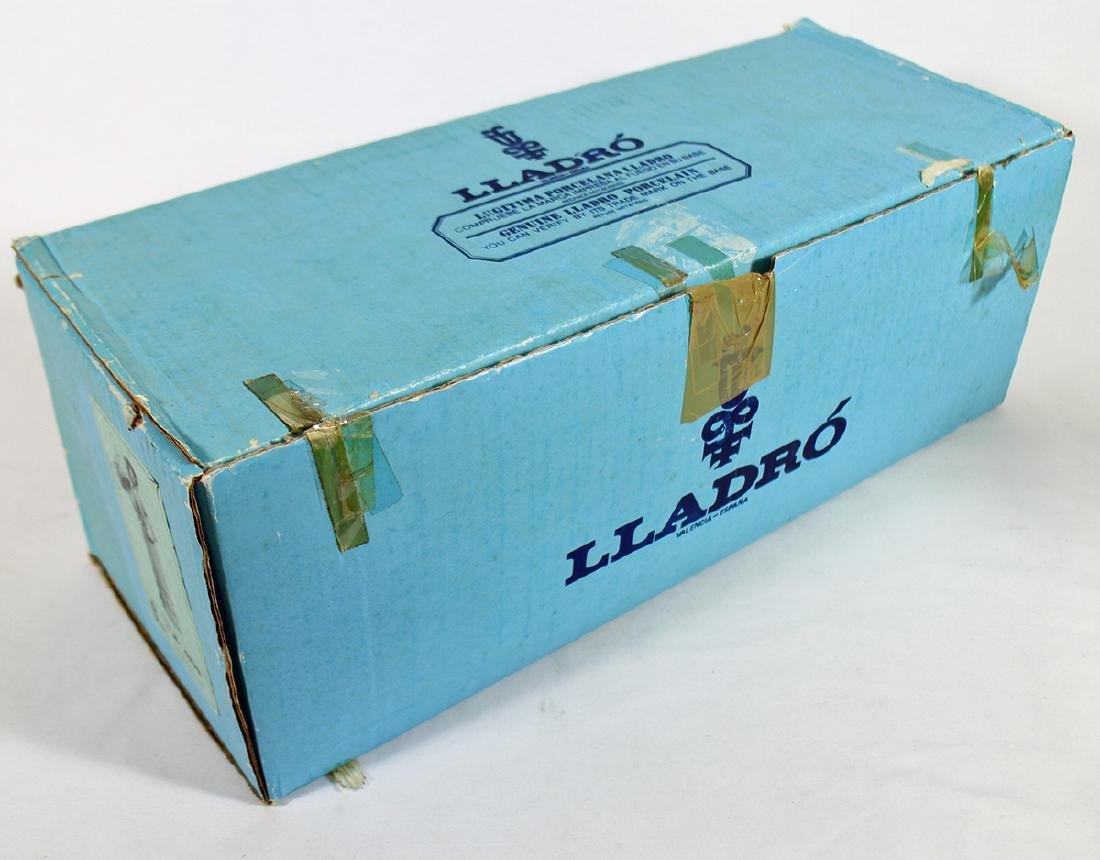 LLADRO LADY WITH PARASOL FIGURINE W/ BOX - 3