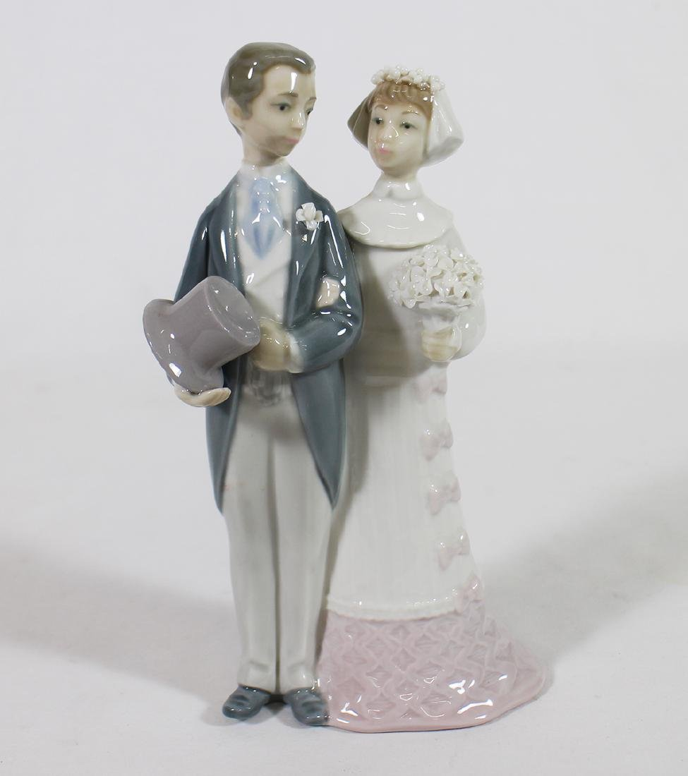 LLADRO BRIDE & GROOM W/ BOX