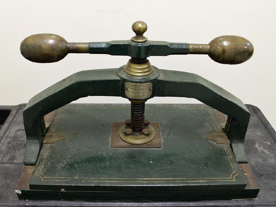 ANTIQUE ENGLISH IRON BOOK PRESS - 2