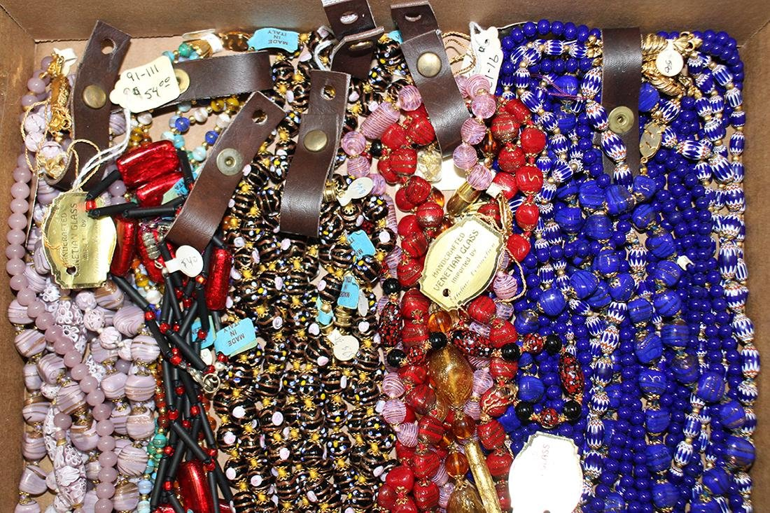 20+ ITALIAN VENETIAN GLASS NECKLACES - NEW - 2