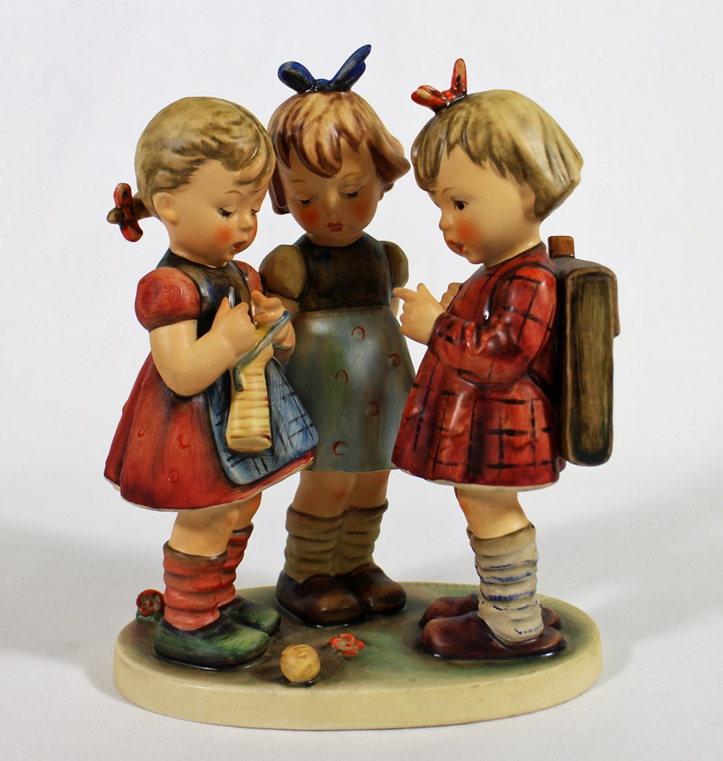 HUMMEL SCHOOL GIRLS FIGURINE
