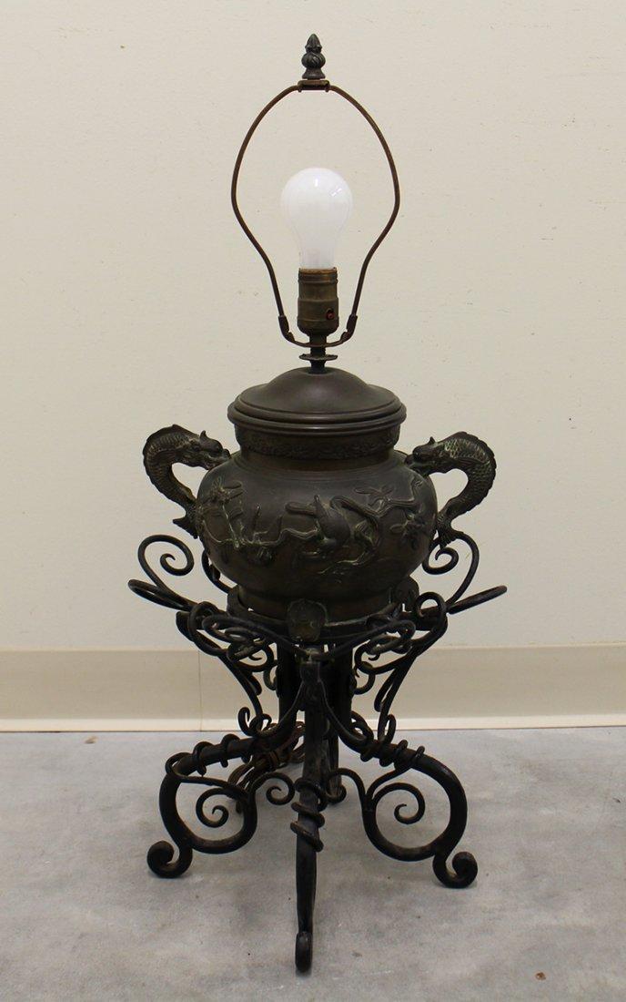 CHINESE URN LAMP