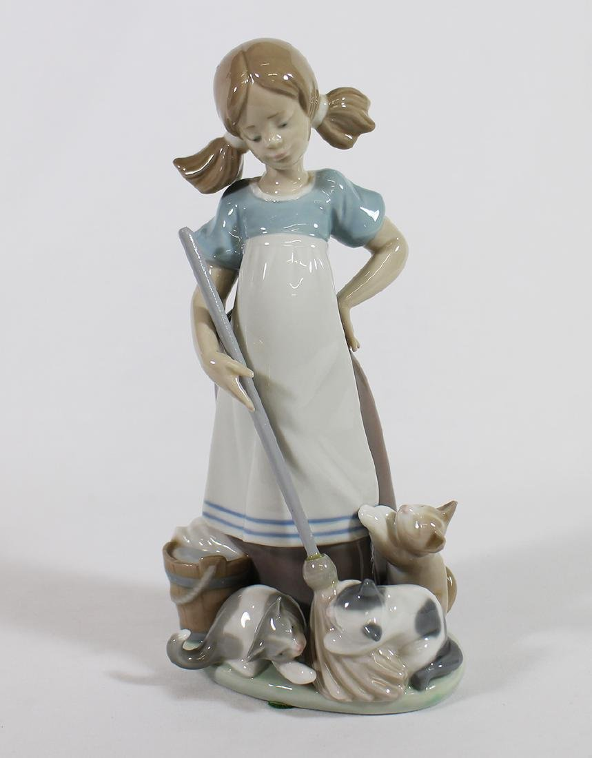 LLADRO PLAYFUL KITTENS FIGURINE