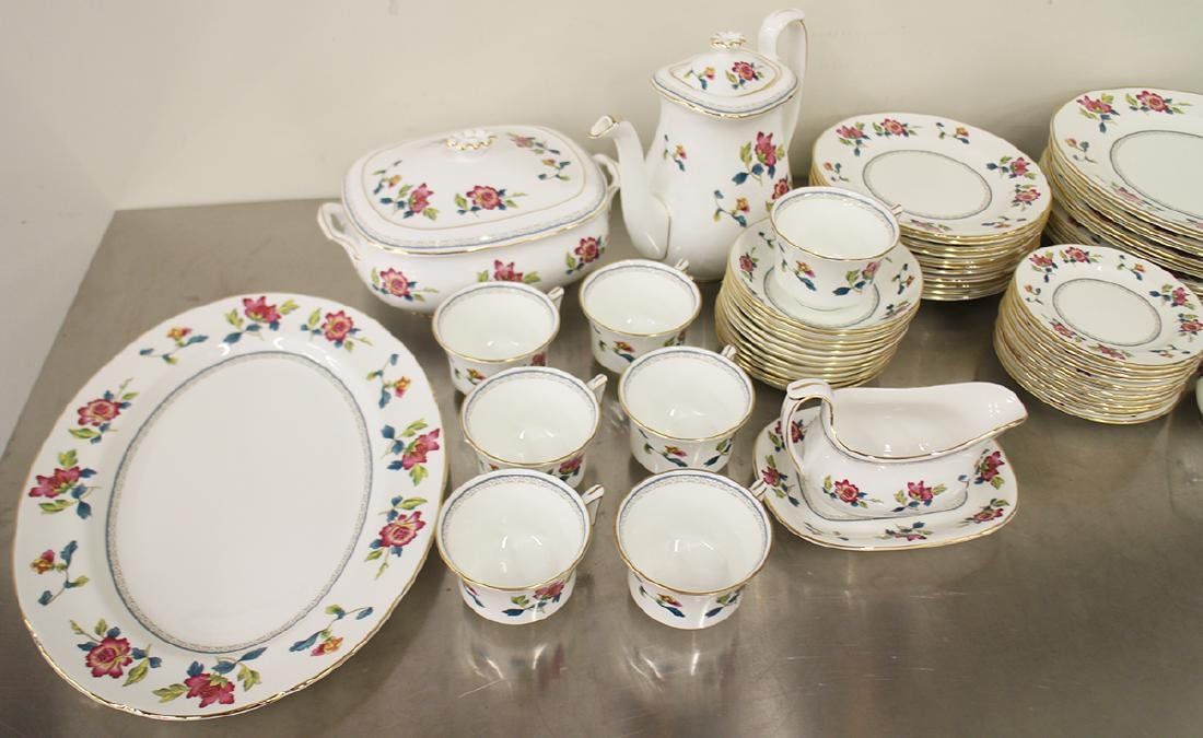 68 PIECE WEDGWOOD CHINESE FLOWERS CHINA SET - 2