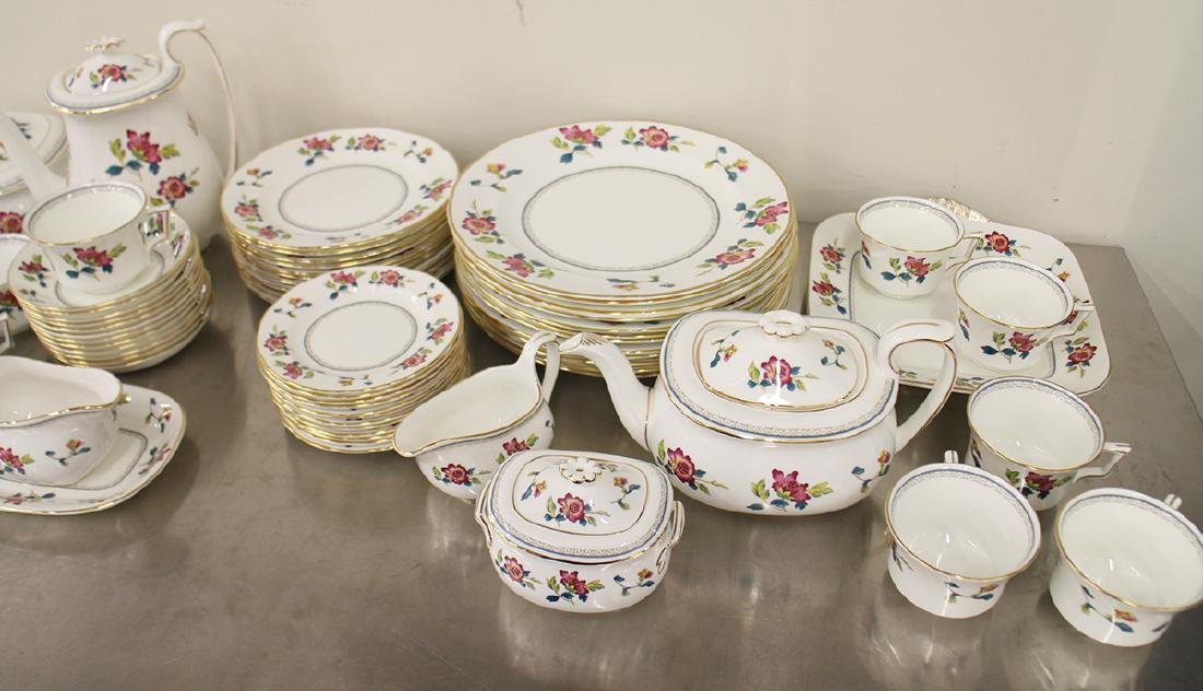 68 PIECE WEDGWOOD CHINESE FLOWERS CHINA SET - 3