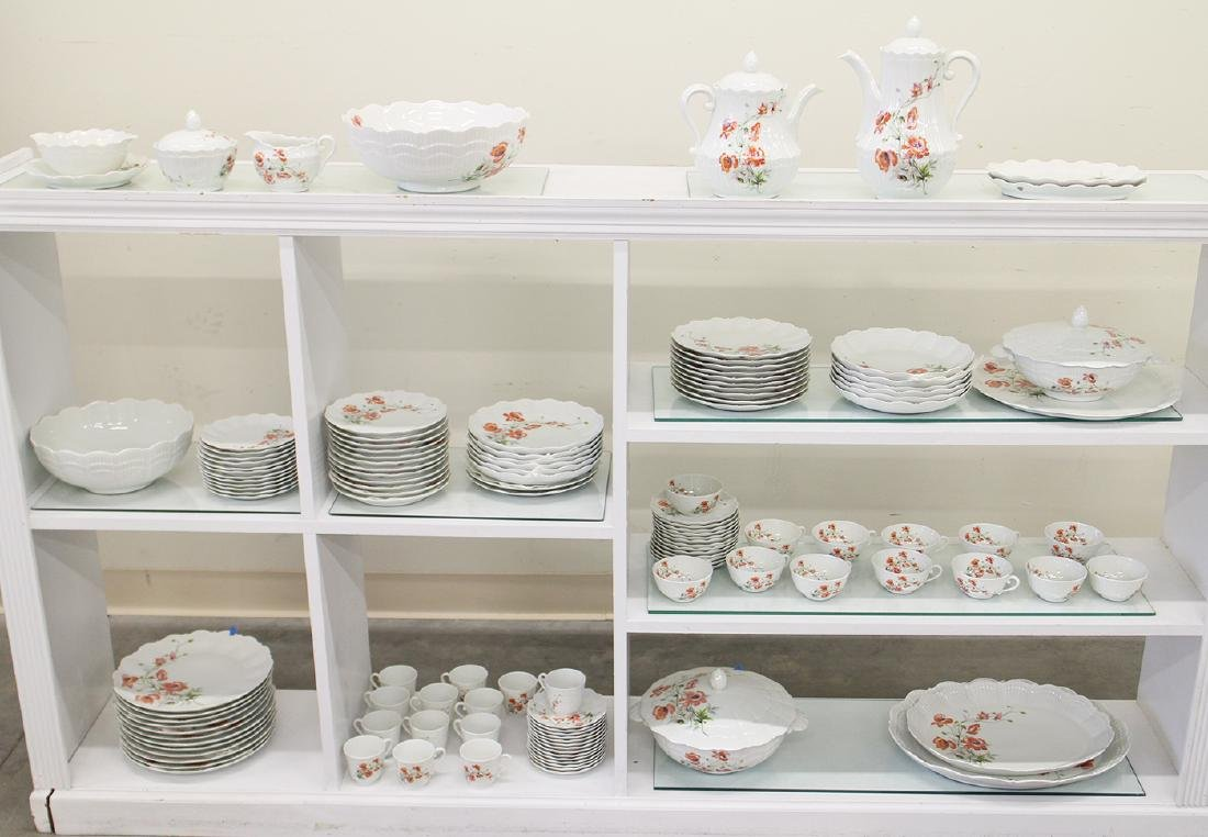 127 PC LIMOGES UNIC GIRAUD CHINA SET