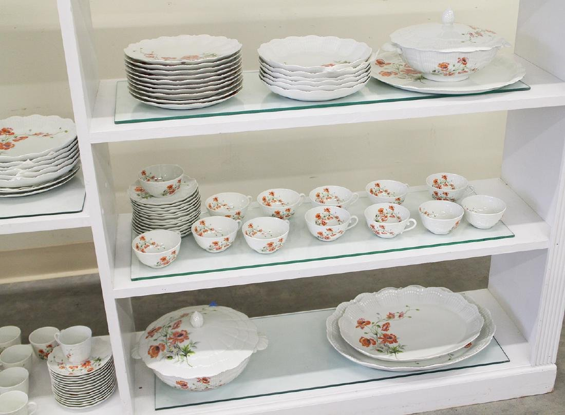 127 PC LIMOGES UNIC GIRAUD CHINA SET - 4