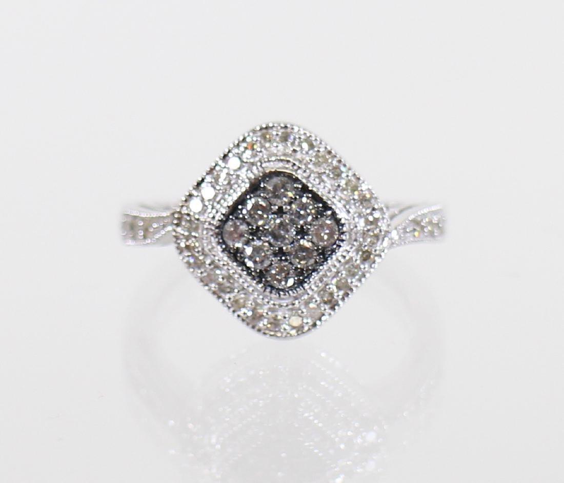 14KT CHOCOLATE & WHITE DIAMOND RING - 2