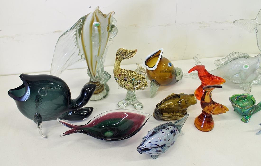 VINTAGE BLOWN ART GLASS FISH COLLECTION - 2