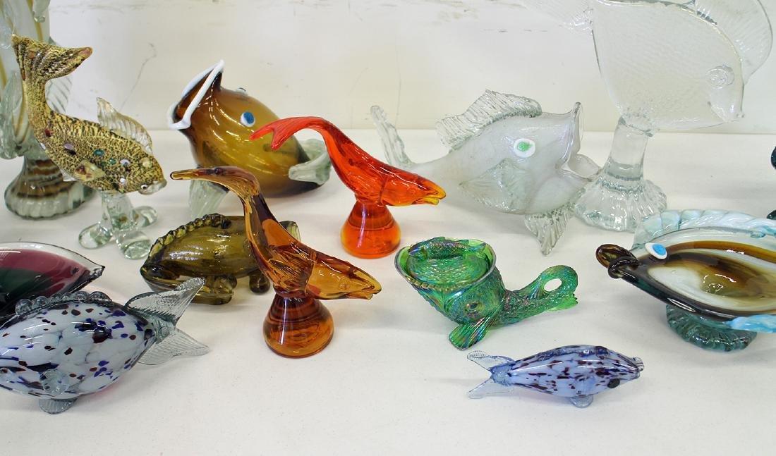 VINTAGE BLOWN ART GLASS FISH COLLECTION - 3
