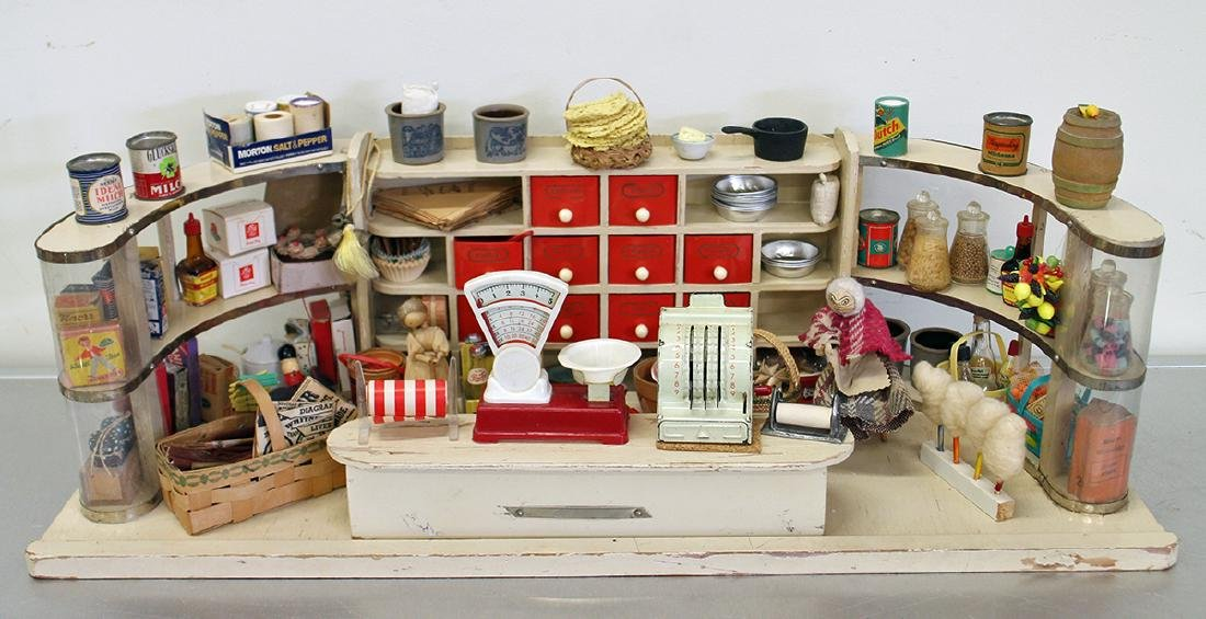 VINTAGE 1950's GERMAN TOY GROCERY STORE DOLLHOUSE