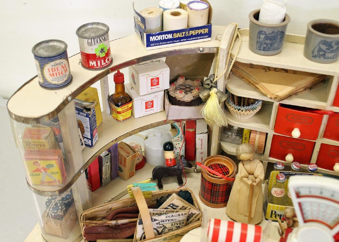 VINTAGE 1950's GERMAN TOY GROCERY STORE DOLLHOUSE - 3