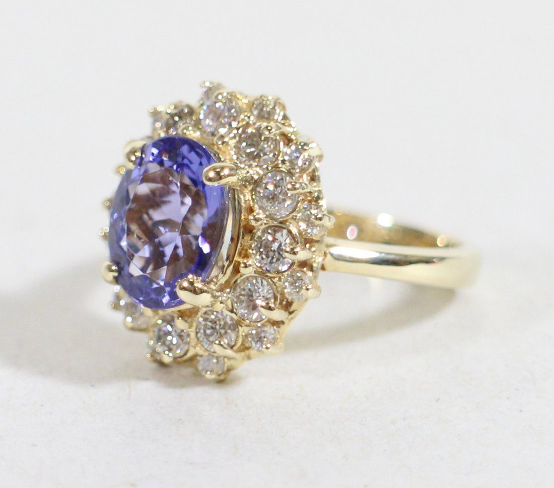 14K TANZANITE & DIAMOND COCKTAIL RING