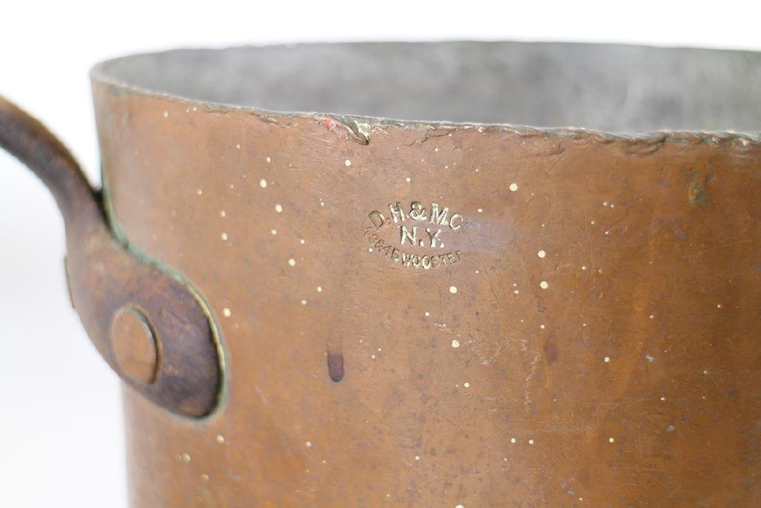 19TH CENTURY COPPER POT DH & M CO. - 3