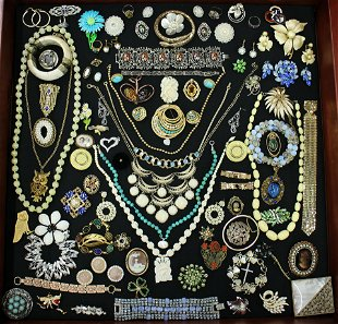 Vintage Brooches & Pins for Sale & Antique Brooches & Pins
