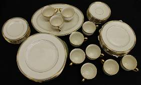 LENOX MCKINLEY CHINA - SERVICE FOR 8 +