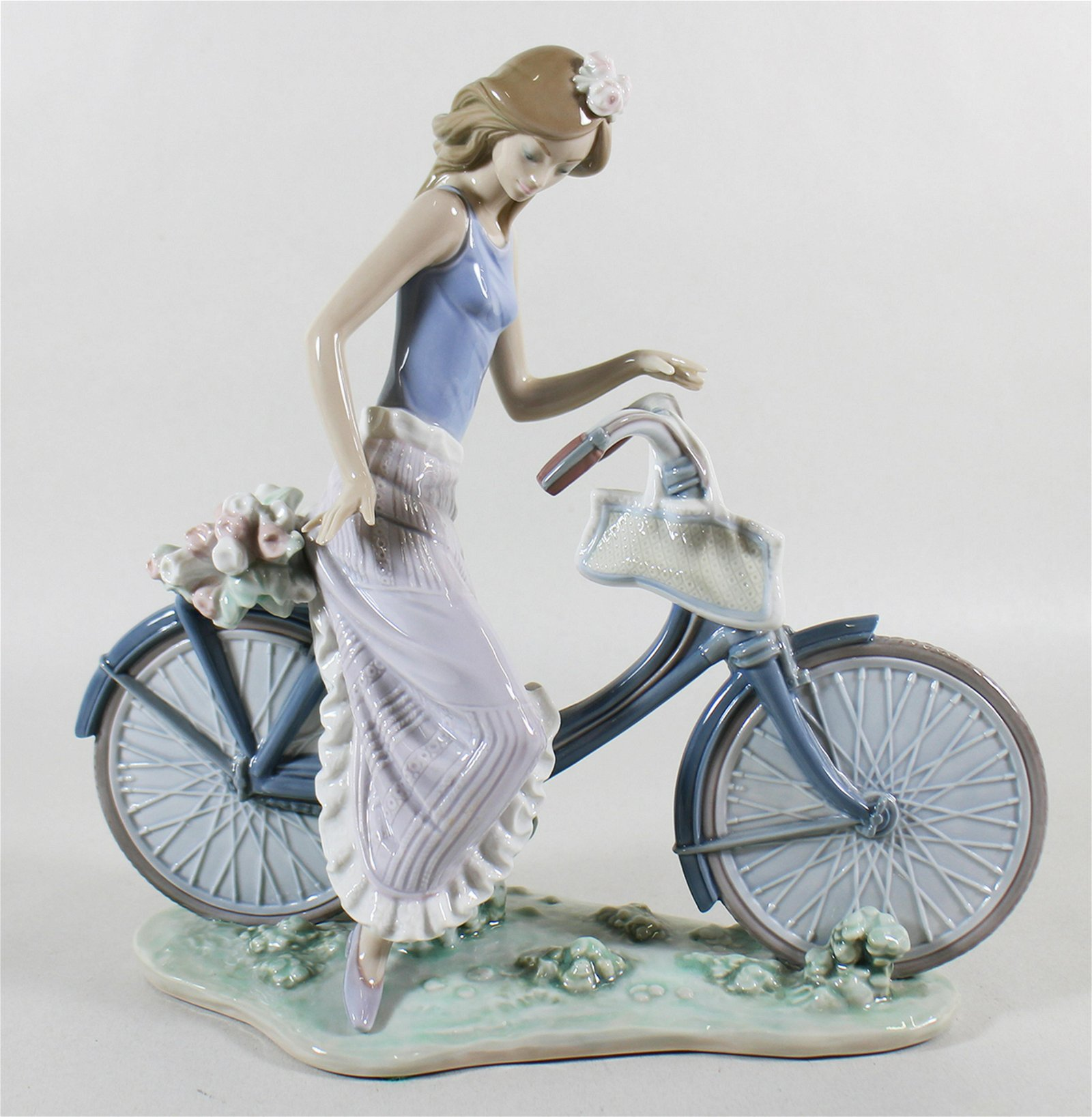 LLADRO GIRL BIKING IN THE COUNTRY FIGURINE